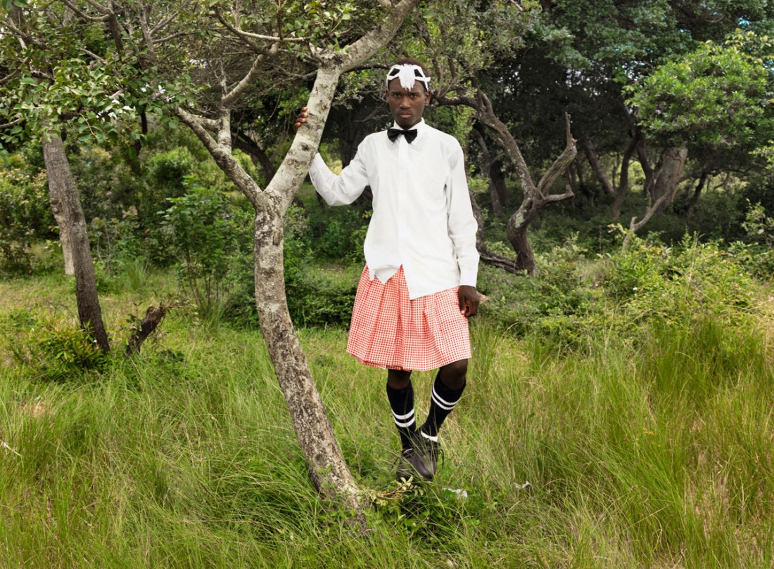 zp_zwelethu-mthethwa_from-the-series-brave-ones_2010_a